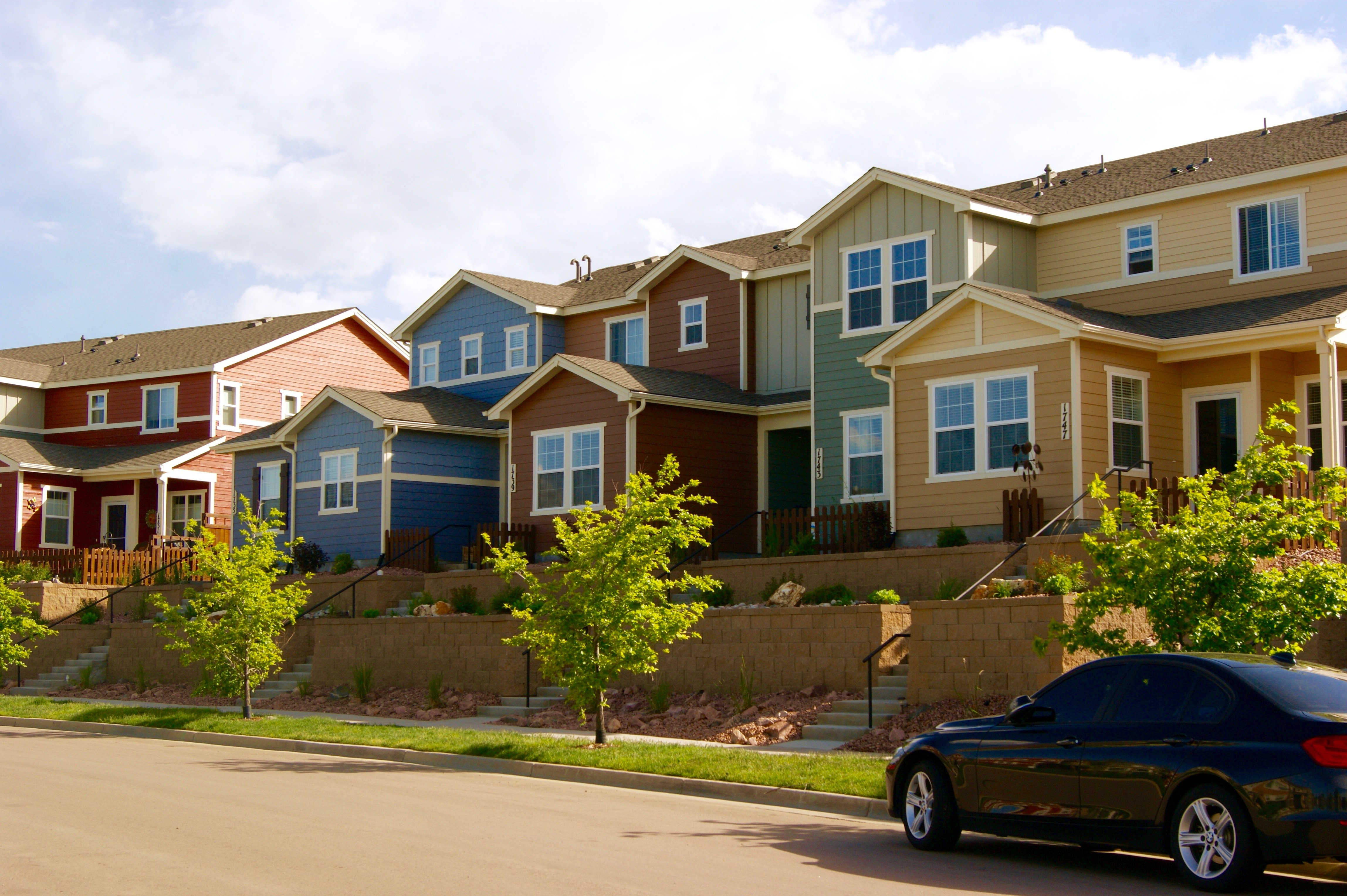 condo vs townhouse what 39 s the difference colorado springs real estatecolorado springs real. Black Bedroom Furniture Sets. Home Design Ideas