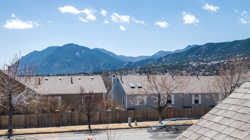 Picture of Cheyenne Mountain from Gold Hill Mesa